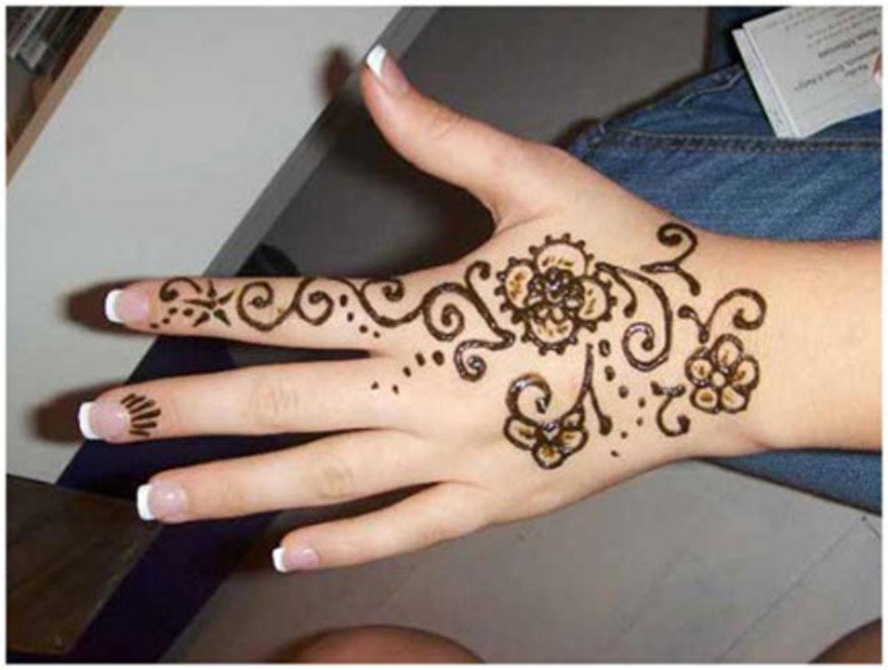 Gambar Motif Henna Di Tangan Simple Yang Menawan Handayani S Blog